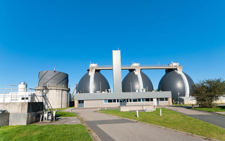 Anaerobic digester treating sludge on a wastewater treatment plant